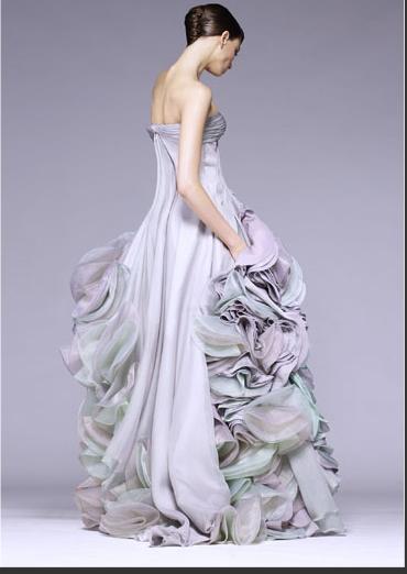 bb7e137eecc9 SPOSA VERSACE  Collezione abiti da sposa 2009 collezione Versace.